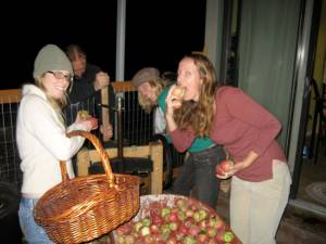 Eating, drinking and pressing apples